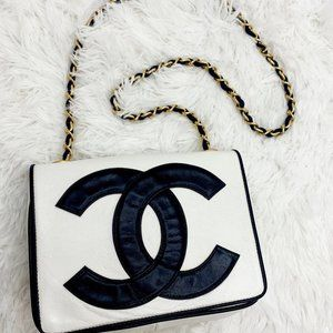 CHANEL Vintage White/Black Small Flap Bag GWH